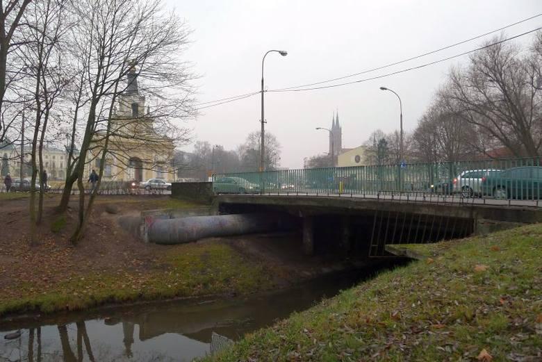Most przy Pałacu Branickich będzie wymieniony (zdjęcia, wideo)