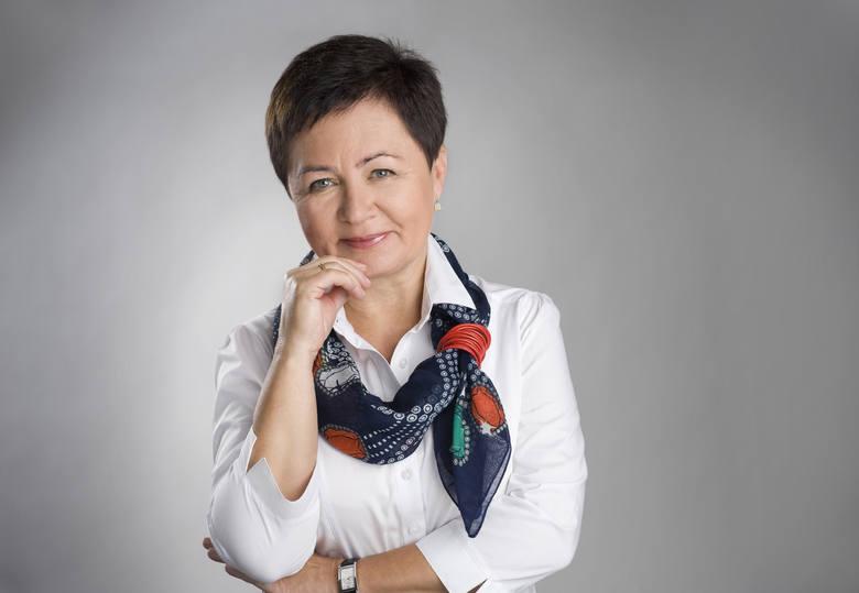 Joanna Ciechanowska-Barnuś, poznanianka, emerytowana polonistka, pisarka, autor blogu Seniorałki.