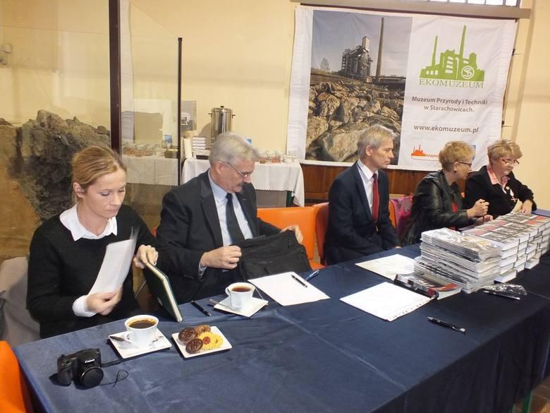 W jury konkursu byli, od lewej: Marzena Grosicka, Ryszard Śmietanka-Kruszelnicki, Marian Ferenc, Lila Adamczyk i Ewa Markowska.