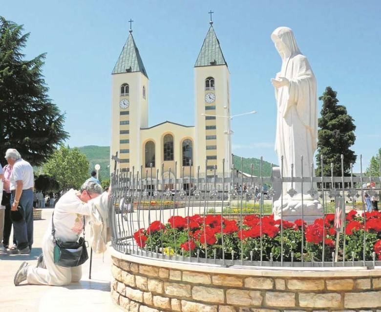 Kim jest tajemnicza Gospa? Zdaniem biskupa Ratko Pericia nie zachowuje się jak znana z Ewangelii Maryja
