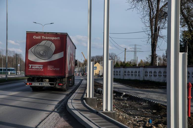 Kraków. Kolejny odcinek ulicy Igołomskiej do dyspozycji kierowców