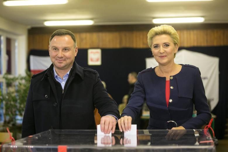 Wybory samorządowe II tura WYNIKI EXIT POLL PiS przegrywa w Krakowie i w Gdańsku