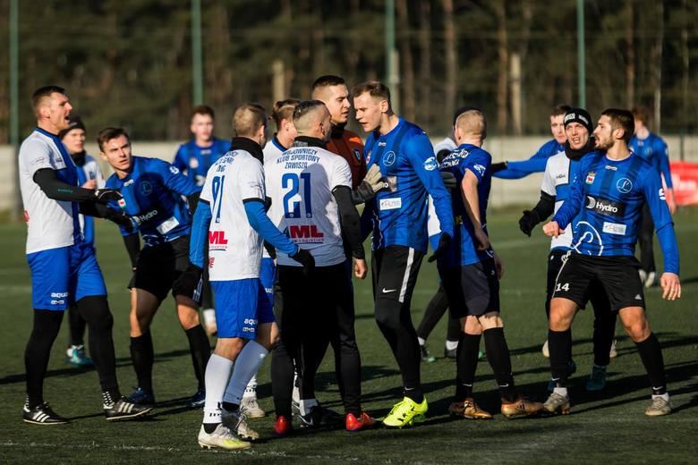 Zawisza Bydgoszcz, po golu samobójczym w 85. minucie, wygrał z Lubuszaninem Trzcianka 1:0 w kolejnym meczu sparingowym. Co ciekawe, w drużynie z Wielkopolski