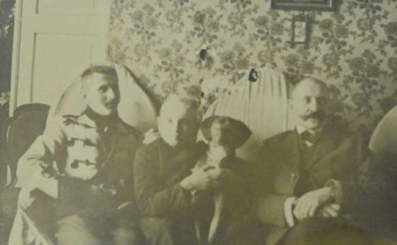 Władysław Waldemar Narkiewicz - zdjęcie z czasów wczesnej młodości