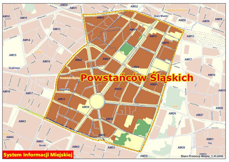 Osiedle Powstańców Śląskich według nowego podziału Wrocławia. Opisywane skrzyżowanie oznaczone czerwoną kropką. Zobacz mapę w powiększeniu