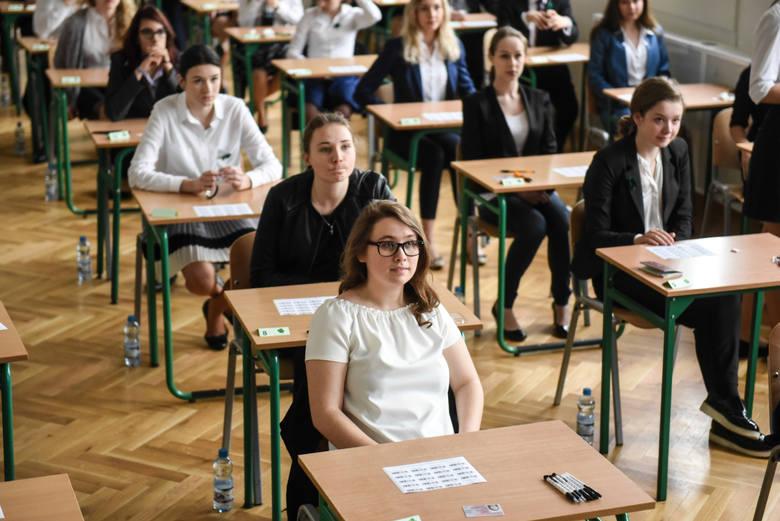 Oto 7 klas w poznańskich licach, do których najtrudniej było się dostać absolwentom szkół podstawowych w roku szkolnym 2019/2020. Tutaj były najwyższe