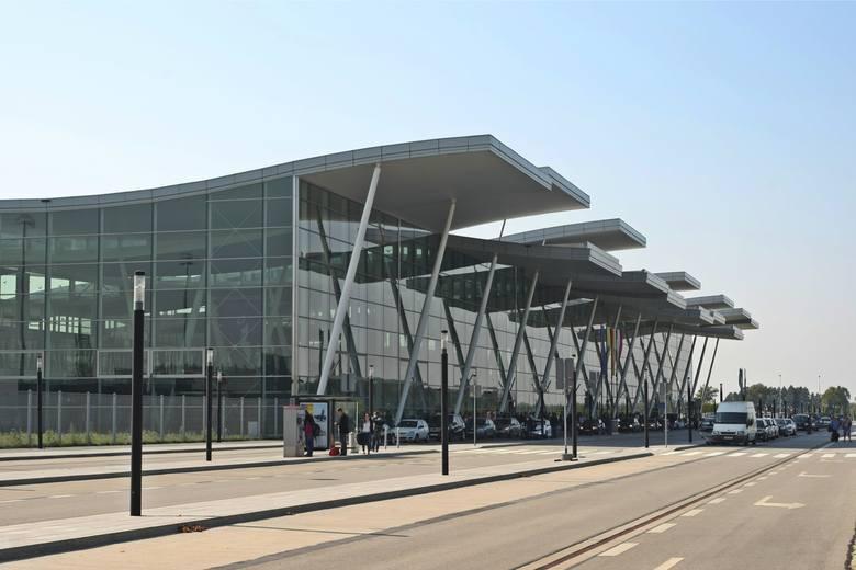 Wrocław: 406 już nie pojedzie na lotnisko [ZMIANY W MPK]
