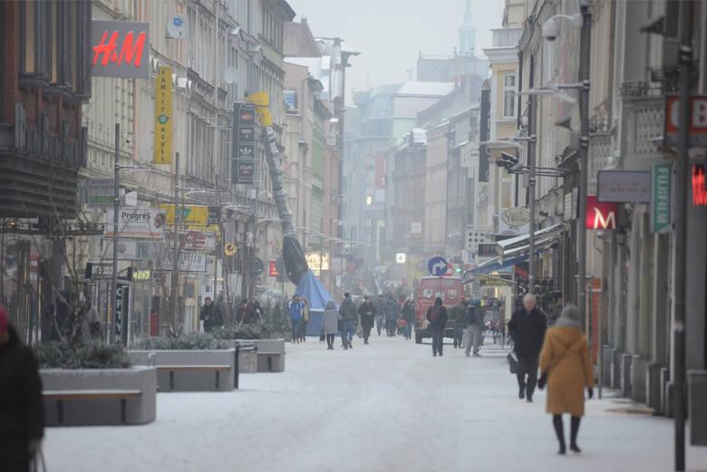 07.01.2015 poznan pm zima w miescie snieg. glos wielkopolski. fot. pawel miecznik/polskapresse
