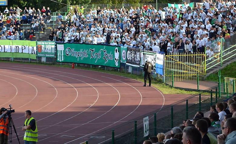 Fani biało-zielonych też stawili się licznie i dopingowali Olimpię Grudziądz przez cały mecz. Mieli powody do radości