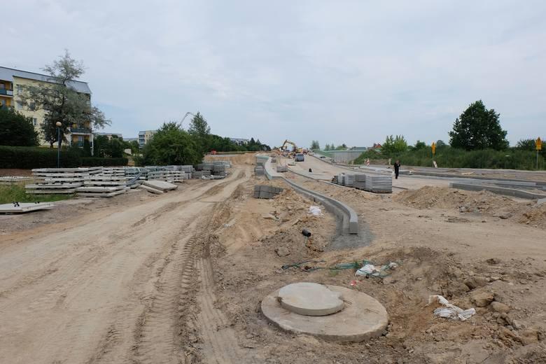 Przez Zielone Wzgórza w Białymstoku będzie przebiegać Trasa Niepodległości. Choć prace są zaawansowane, to do zakończenia robót jeszcze daleka droga.