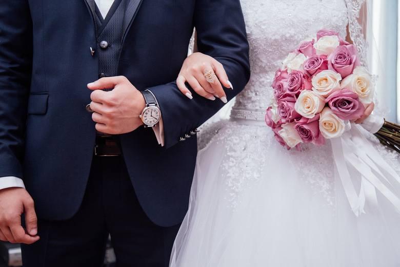 Śluby podczas zarazy. Kurs dla narzeczonych można ukończyć przez internet. Zapisy od środy!