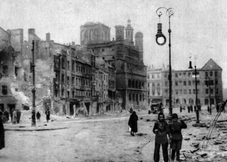 """Jeszcze 2 stycznia 1945 roku, """"Ostdeutscher Beobachter"""" informował ludność Poznania, że Niemcy nigdy nie skapitulują, a kilka dni późnej Arthur Greiser,"""