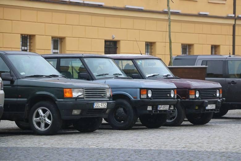 Miłośnicy motoryzacji, a w szczególności marki Range Rover, przyjechali do Koszęcina