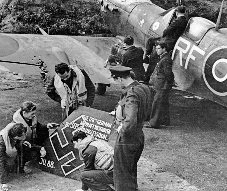 Polski lotnik II Wojny Światowej. Pilot niezwykły