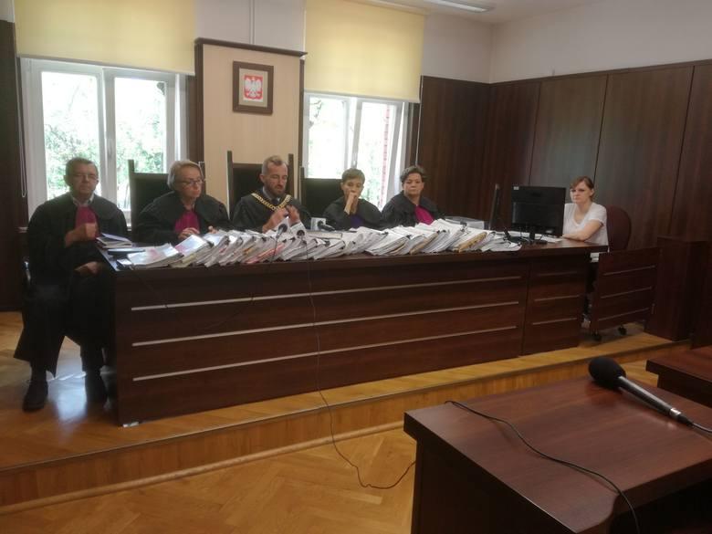Afera dębowa pod Wołczynem. Sąd w Opolu wydał wyrok na zleceniodawcę i wykonawców podpaleń.
