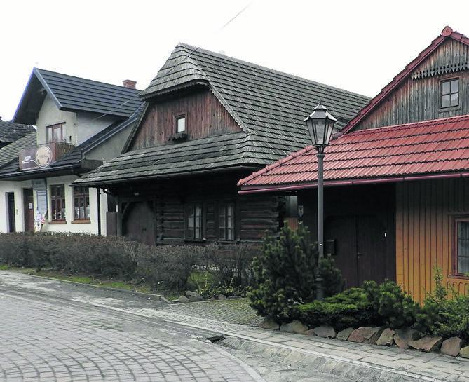 Wiele domów wokół tego rynku wpisano do rejestru zabytków