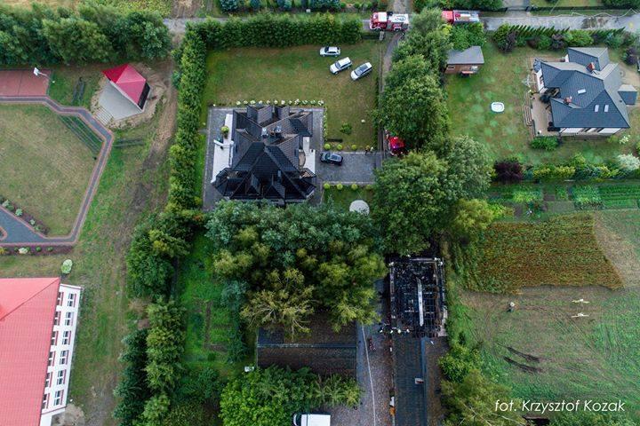 Pożar stolarni zakładu pogrzebowego w Potęgowie (zdjęcia, wideo)