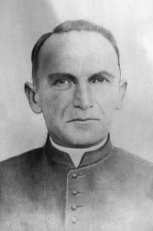 Upamiętnią proboszcza Majdanka. Powstaje pomnik
