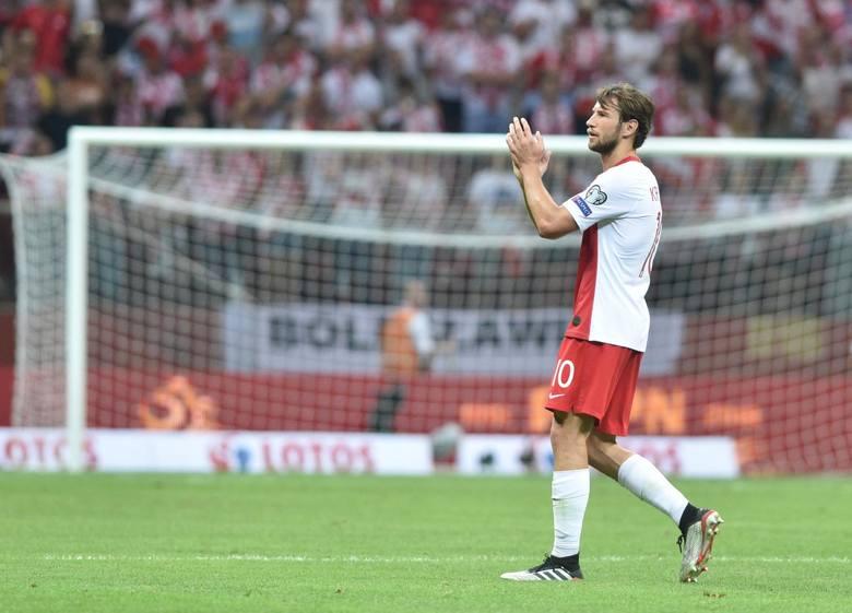 Polska znalazła się w grupie E ze Słowacją (mecz 14 czerwca), Hiszpanią (19 czerwca) oraz Szwecją (23 czerwca). Do kolejnej fazy turnieju awansują trzy