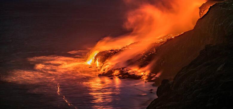 #1 Hawaje, KīlaueaCzynny wulkan Kīlauea na hawajskiej wyspie Big Island niesutannie daje o sobie znać. Poprzednia erupcja rozpoczęła się 3 stycznia 1983