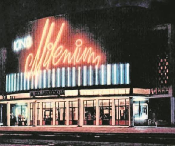 Kino Milenium było najnowocześniejsze na Pomorzu. Wspaniale oświetlały go neony.