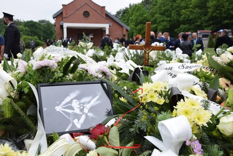 Pogrzeb Szymona Łytka, wójta Czernichowa. Żegnały go tłumy. Przyjaciele wspominali jego dobro, radość i entuzjazm [ZDJĘCIA]