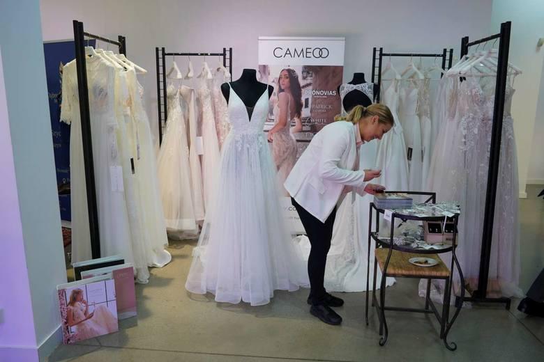Planujesz w najbliższym czasie ślub i wesele? W Concordia Design przez cały weekend odbywają się targi ślubne, na których można zapoznać się z najnowszą