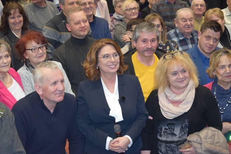Dziś (18 lutego) Małgorzata Kidawa-Błońska, kandydatka Platformy Obywatelskiej na prezydenta RP odwiedziła Sępólno Krajeńskie. Spotkała się z mieszkańcami