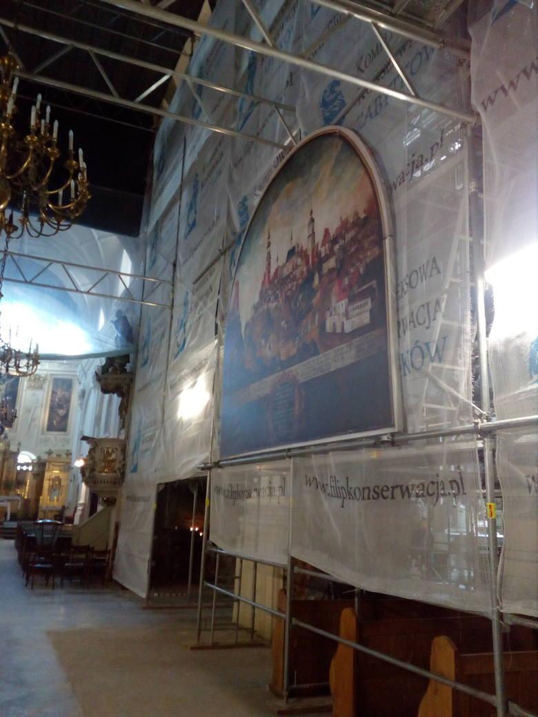 """Obraz """"Pożar miasta Lublina"""" z bazyliki oo. Dominikanów upamiętnia wydarzenie z 1719 r., ale został namalowany ok. 1740 r."""