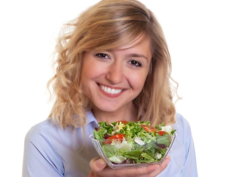 2. Przygotuj zdrowe, lekkie przekąski do jedzenia w czasie picia alkoholu