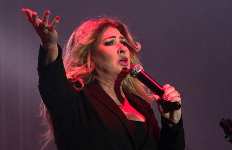 Gwiazdą wieczoru żegnającego wakacje w Grudziądzu była Beata Kozidrak z zespołem Bajm. Organizatorem koncertu było Centrum Kultury Teatr.WIDEO. Na zakończenie