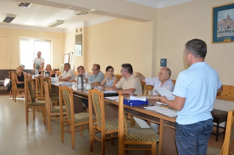 Większość członków komisji opowiedziała się za pozytywną opinią dla kandydatury Władysława Strakacza