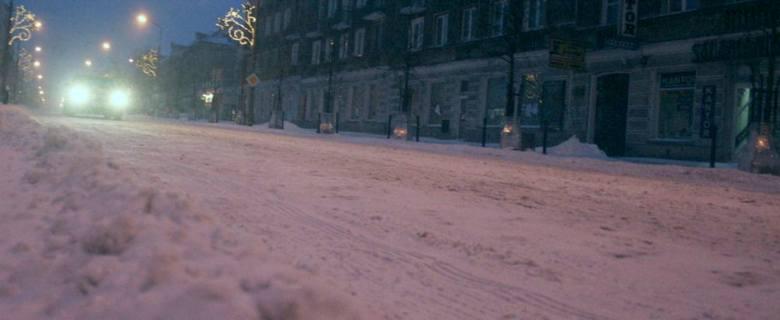 Reprezentacyjna ulica Białegostoku jak zwykle pod śniegiem