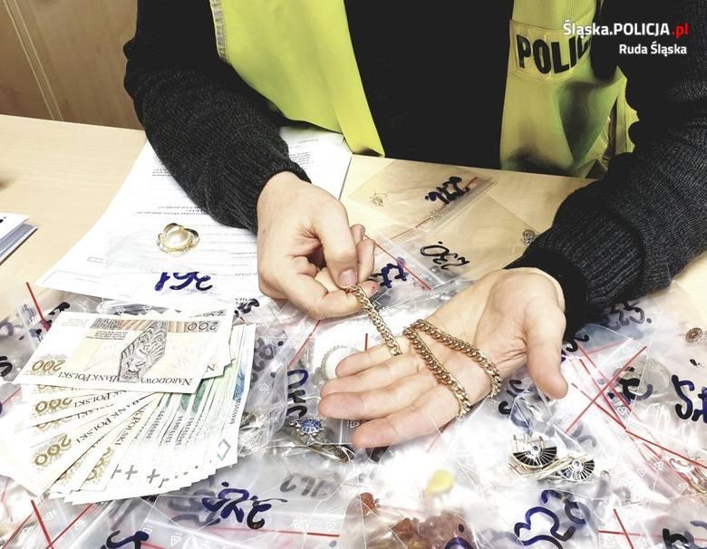 Korepetytorka ukradła prawie 400 sztuk biżuterii i wyborów jubilerskichZobacz kolejne zdjęcia. Przesuwaj zdjęcia w prawo - naciśnij strzałkę lub przycisk
