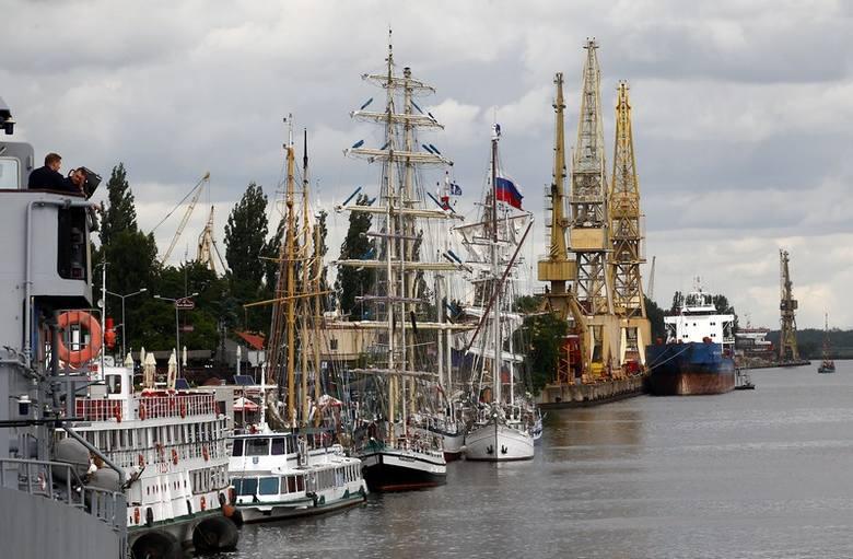 Na Dni Morza 2014 w Szczecinie mieszkańców miasta zaprosił prezydent Piotr Krzystek.