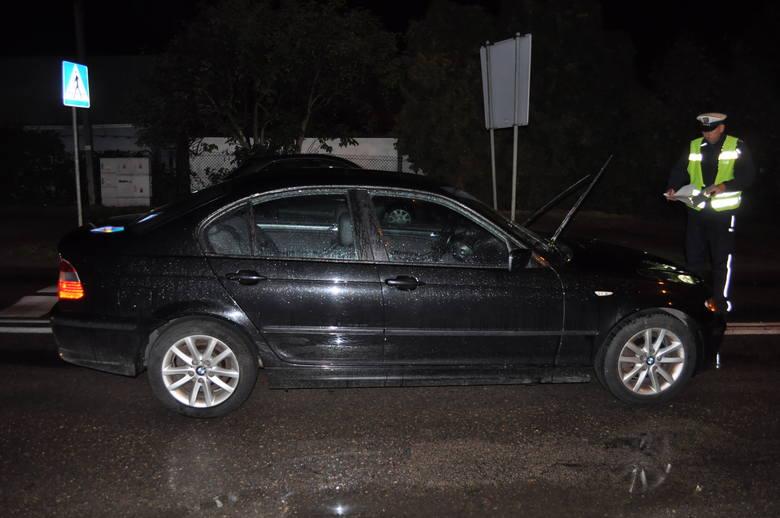 Giżycko: Na ulicy 1 Maja kierowca BMW potrącił pieszego. Wjechał na przejście [ZDJĘCIA]
