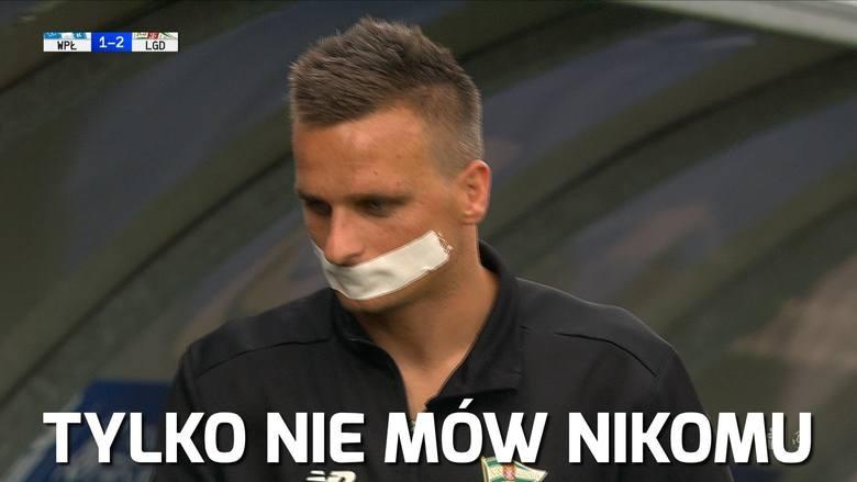 Raz na boisku, innym razem poza nim. Sławomir Peszko zdecydowanie wie, jak zwrócić na siebie uwage. W trakcie meczu z Wisłą Płock skrzydłowy Lechii Gdańsk