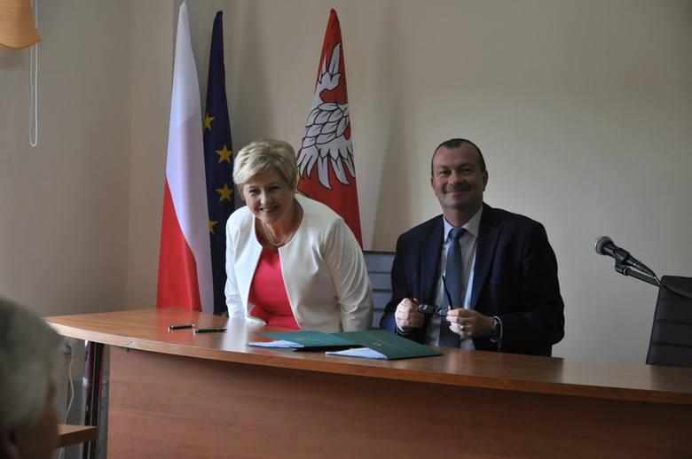 Umowy podpisano 18 lipca.