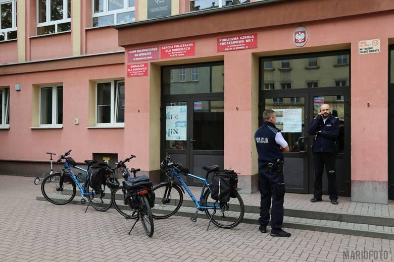 Policja w Szkole Podstawowej nr 1 w Opolu. Pobiło się dwóch uczniów