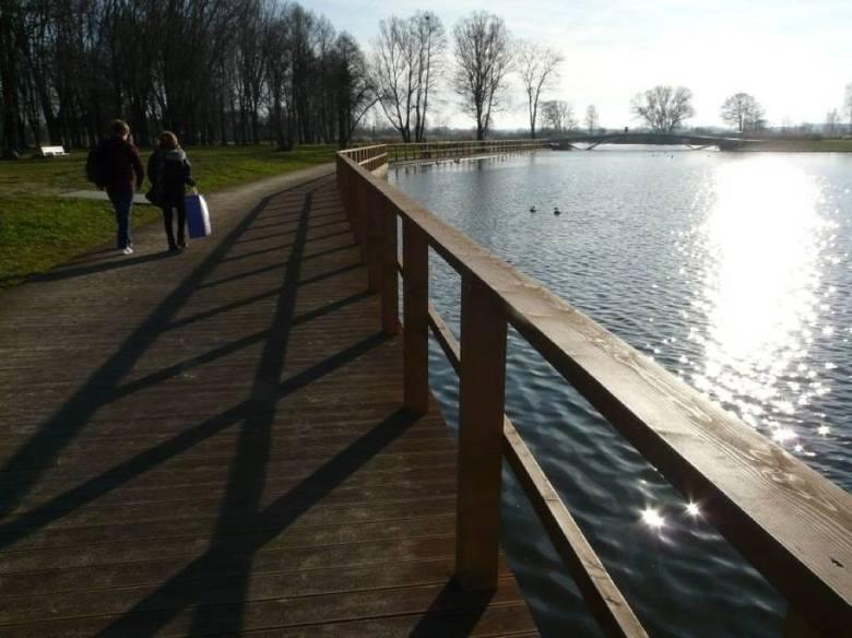 Koronawirus Pabianice. Od poniedziałku otwarte będą parki. Gdzie spacerować w Pabianicach?