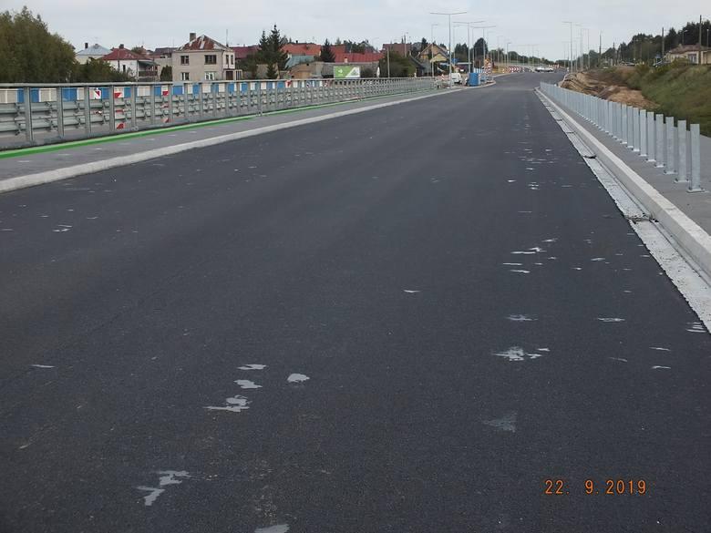 Chodzi o modernizację drogi wojewódzkiej nr 682 na odcinku Markowszczyzna - Łapy. Będzie dwupasmówka, ścieżka rowerowa, chodniki a także obwodnice: Markowszczyzny,
