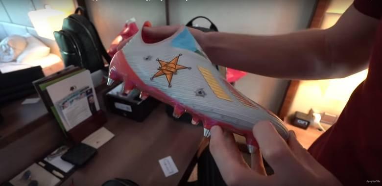 Krzysztof Piątek specjalne malowanie butów korki Adidasa. Czy przełamie nimi niemoc strzelecką?
