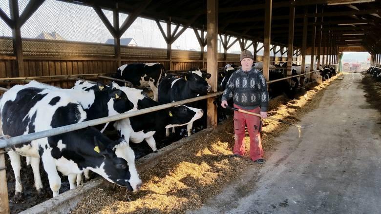 - Kwoty mleczne przyznane naszym hodowcom przez Unię były za niskie – twierdzi Jerzy Wojcik, rolnik z Ligoty Czamborowej koło Strzelec Opolskich.
