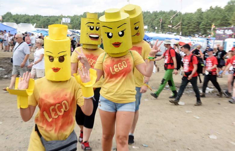 Nonszalanccy, zabawni i oryginalni. Tacy są uczestnicy Pol'and'Rock Festivalu. Przechodząc się przez festiwalowe pole nie sposób nie trafić na kolorowych