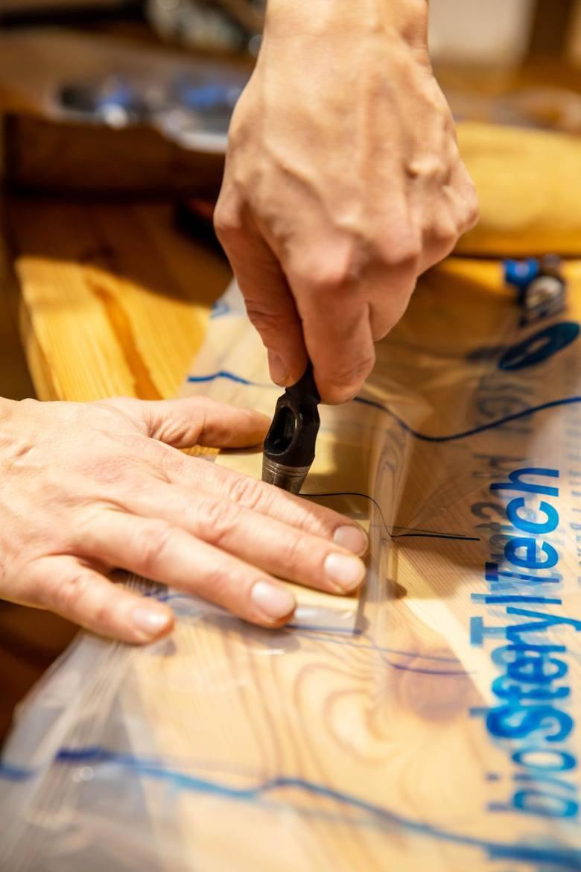 Na ratunek zabytkom. Dzięki Veloxy i fumigacji w Podlaskim Muzeum Kultury Ludowej wytępią mole i korniki z zabytków