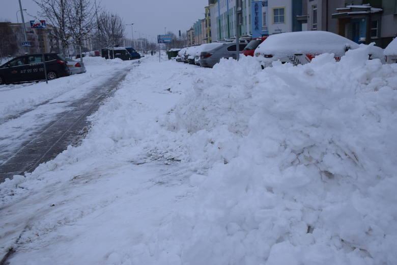 Śnieg znów zasypał nasz region. Tym razem nieco mocniej. Nie dla wszystkich jest to jednak dobra wiadomość.