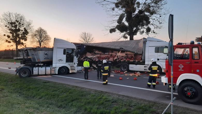 Ciężarówki zderzyły się na drodze krajowej nr 95 między Świebodzinem a Trzcielem. Z informacji przekazanych przez Generalną Dyrekcję Dróg Krajowych i