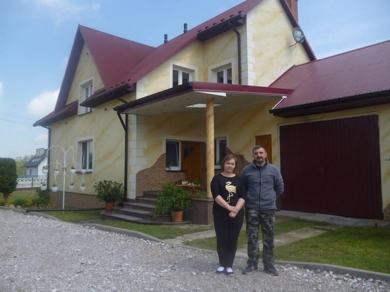 Powiat jędrzejowski: Rafał Tomaszewski z Nagłowic, gospodaruje na 53 hektarach, prowadzi produkcje zwierzęcą i roślinną