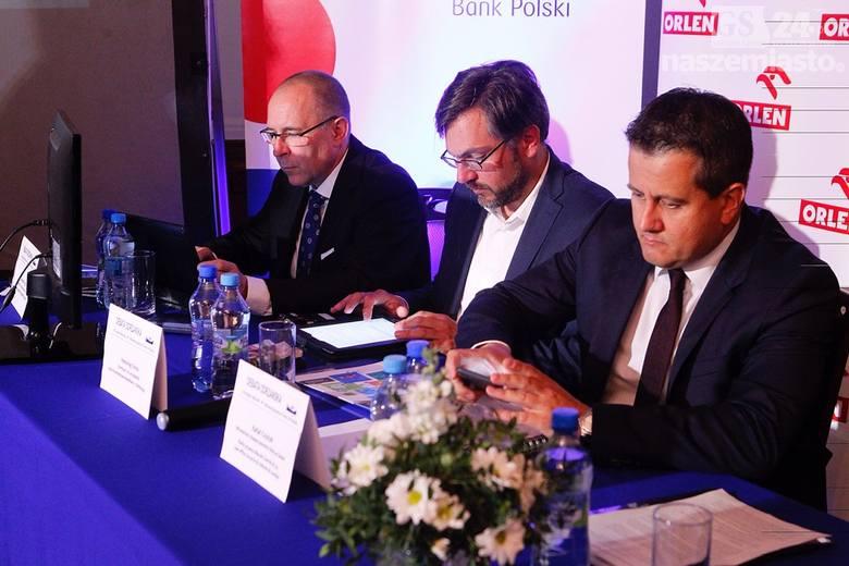 Kongres Morski w Szczecinie. B. Szydło: Odbudowa przemysłu stoczniowego to nasz priorytet [wideo]
