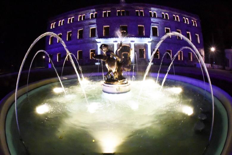 Pałac w Zatoniu nocą, czyli spacer w poszukiwaniu... duchów. Zobaczcie zdjęcia